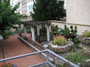 Le jardin de rosa mir blogals for Jardin rosa mir